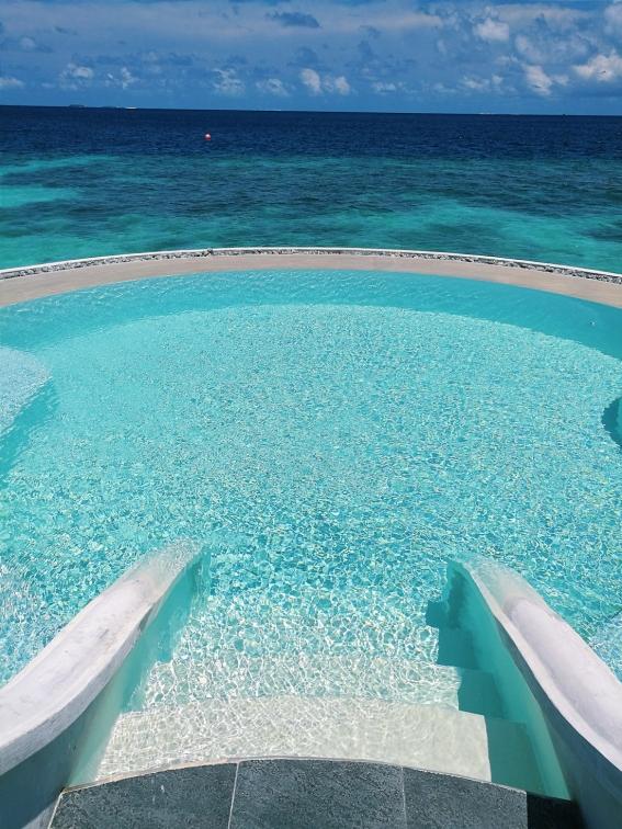 The flotation pool